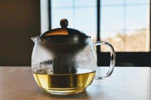 How Hot Tea is Different from Cold Tea and Why it's Important
